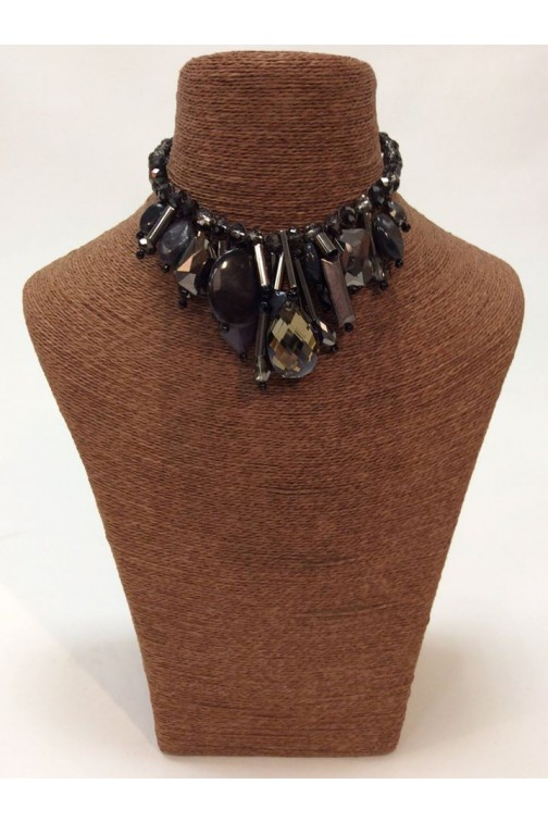 Statement necklace with cristals in black and grey