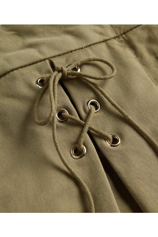 Josh V Patty short met veter in Safari green