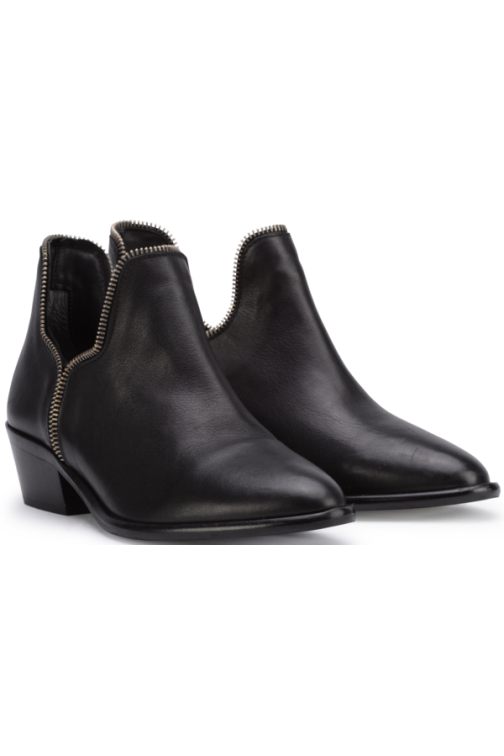 So Jamie Day zipper booties in black