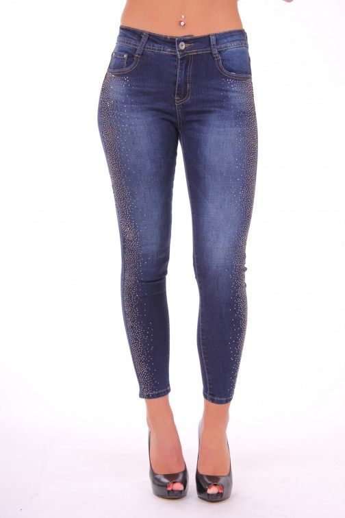 Stretch jeans with shiney studs