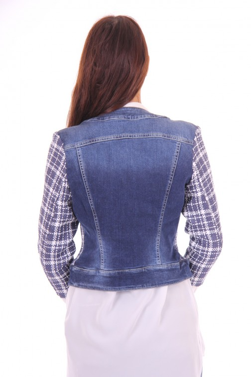 Kocca Gulik tweed jacket with jeans