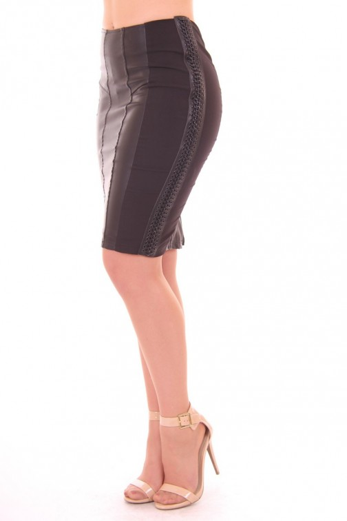 Glamorous pencil skirt with leather