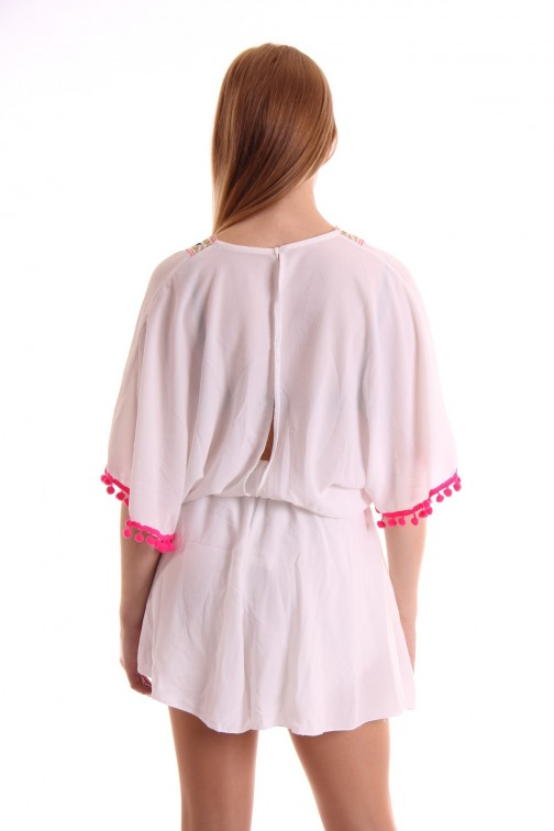 Wit playsuit met borduursel en bolletjes