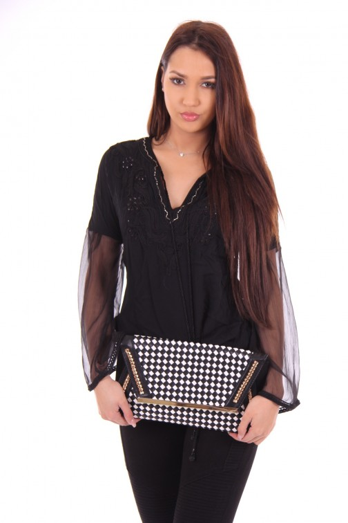 Relish Clutch Gioconda in black and white