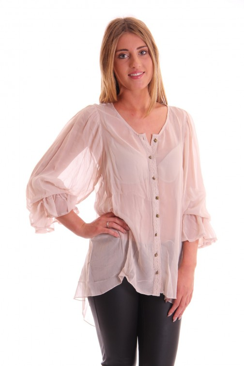 Isla Ibiza blouse with chrochet in cream