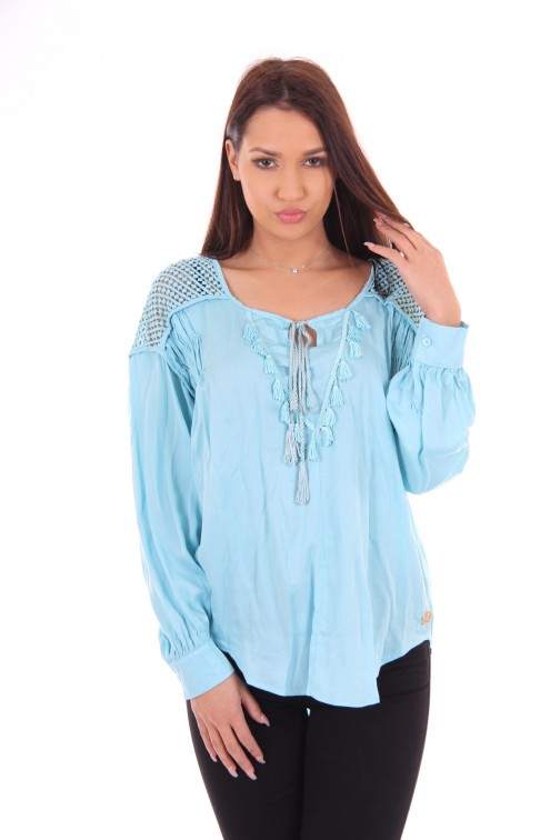 Glamorous blouse in tuquoise, Sarah