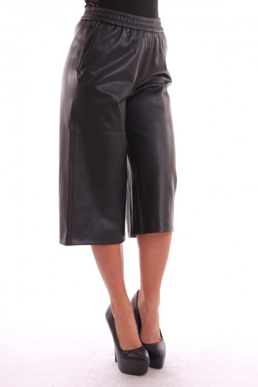Supertrash Pine Culotte in black leather