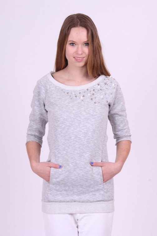 Gaudi sweater in grey met studs.