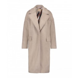 Josh V Mimi coat in clay